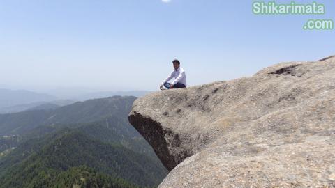Bada Nirol Shikari mata big stone